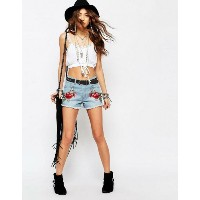 Young Bohemians Denim Shorts ショーツ with Floral Patches