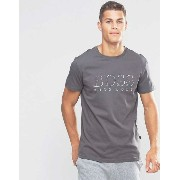 Hugo Boss Logo T-Shirt Tシャツ In Regular Fit