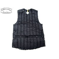 ROCKY MOUNTAIN FEATHERBED(ロッキーマウンテンフェザーベッド)/#450-512-23 SIX MONTH PULLOVER VEST/black