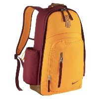 Nike Kyrie Backpackメンズ Team Red/Ale Brown/University Gold バックパック ナイキ カイリー・アービング